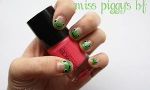 Piggy und Kermit sitzen auf einem Baum…