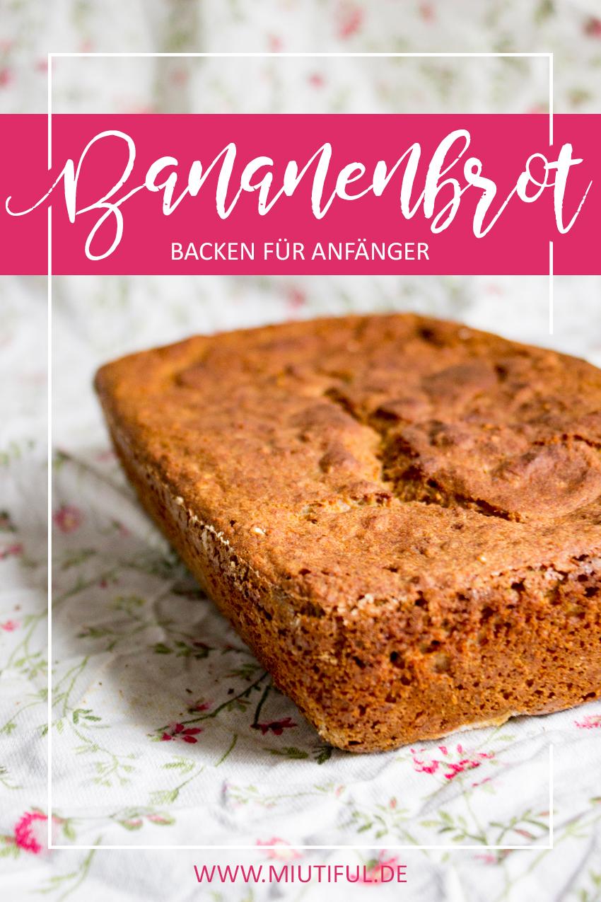 Backen für Anfänger mit der Brotbackform von Ib Laursen Mynte in Weiß