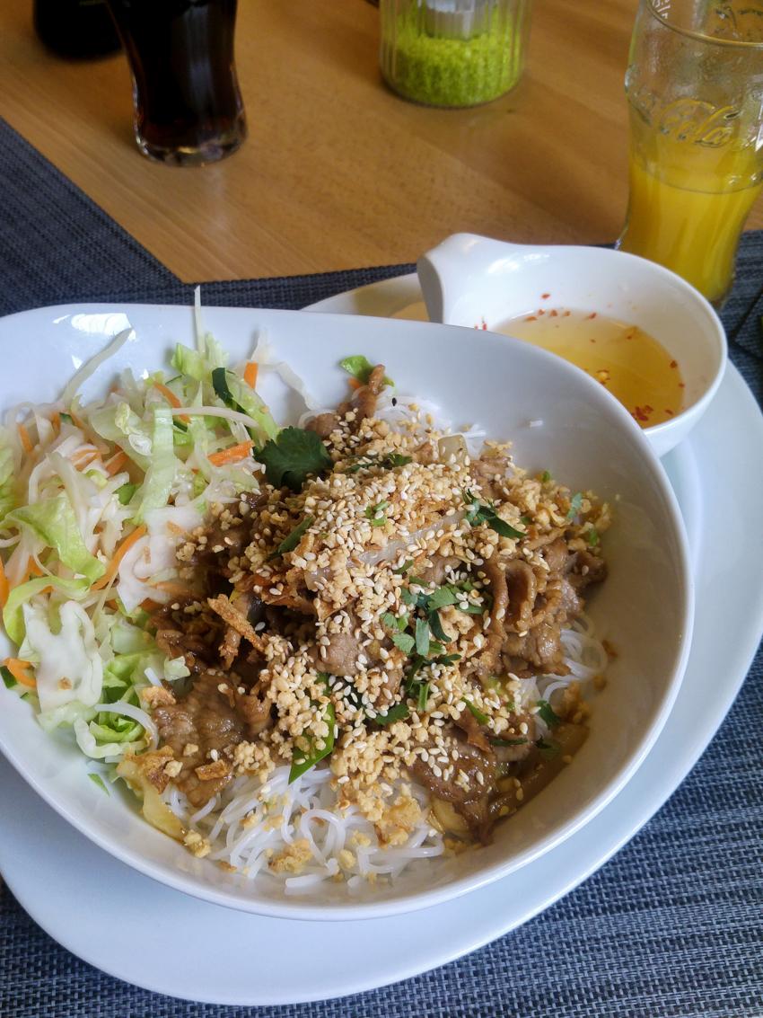 Vietnamesisch-essen-gehen